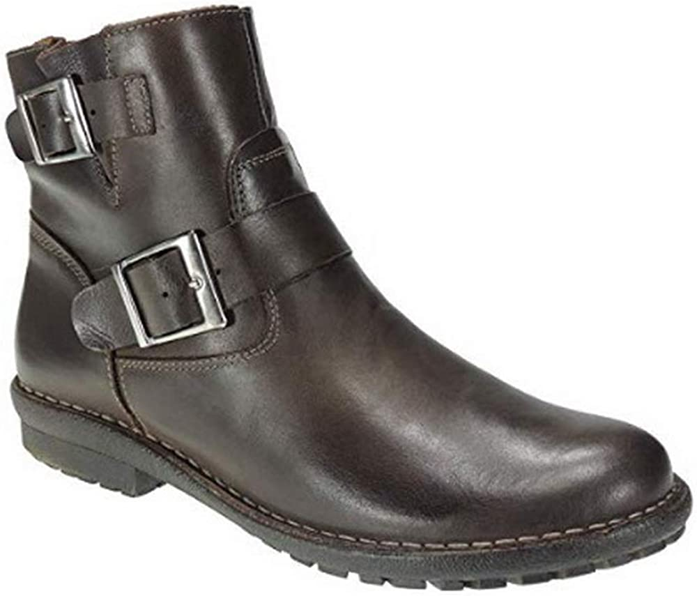 Boots Style Bullet Shoes 230 Leather Cut, Leather Lining, Leather Insole. Heel: 3 cm. Made in Spain. Brown