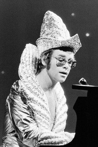 Elton John In Glam Rock Outfit Crazy Hat At Piano In Concert 1970's 24x36 (Elton John Memorabilia)