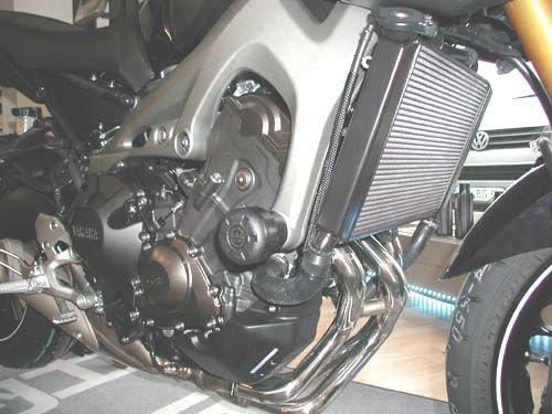 B/&G Racing Sturzpads Yamaha MT 07 14 Racing schwarz