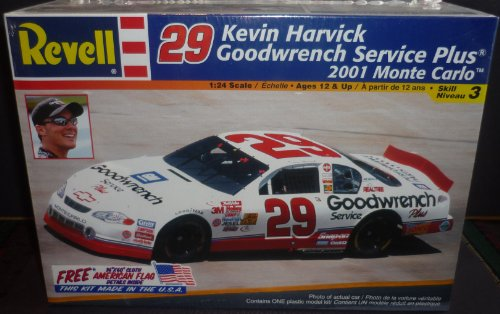 Revell 29 Kevin Harvick Goodwrench Service Plus 2001 Monte Carlo 1:24 Scale 85-2372 - Goodwrench Engine