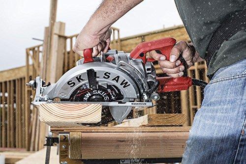 SKILSAW SPT77WML-01 15-Amp 7-1/4-Inch Lightweight Worm Drive Circular Saw
