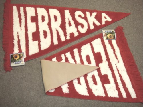 Red & White University of Nebraska Cornhuskers Plush Pennant Area Rug / Floor Mat Nebraska College Rug