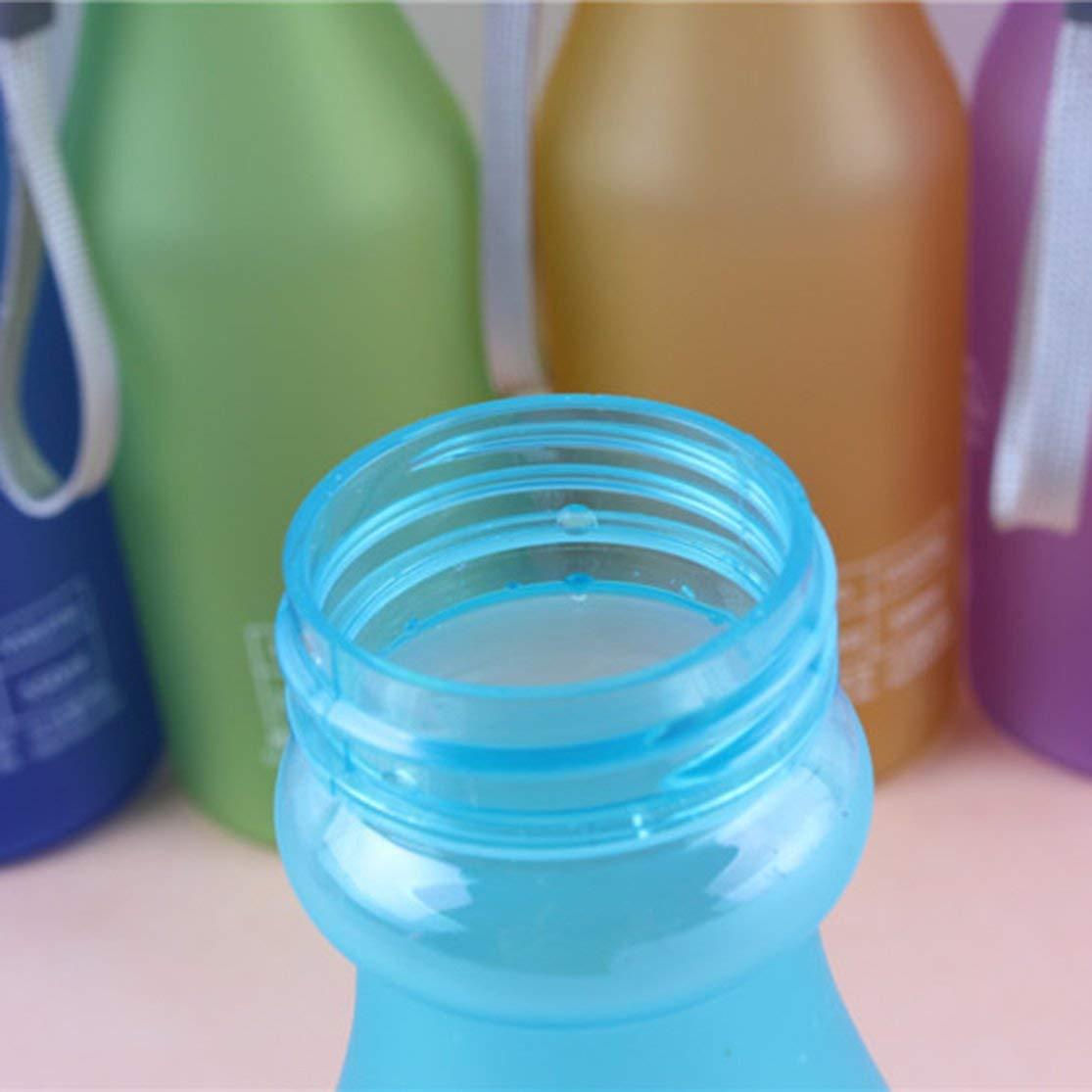 LouiseEvel215 Botella de Agua para Deportes al Aire Libre Botella de Agua de pl/ástico port/átil a Prueba de Fugas de Color Caramelo con Cuerda Taza de Agua de Viaje para Acampar