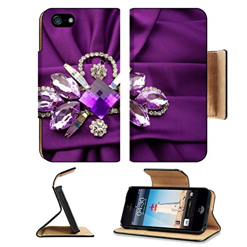 MSD Premium Apple iPhone 5 iPhone 5S Flip Pu Leather Wallet Case iPhone5 IMAGE ID: 31360726 Jewels and crown put on the wedding