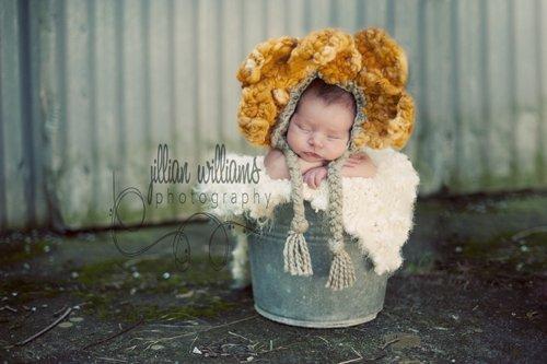 CROCHET PATTERN PDF- Giant Sunflower Petal hat