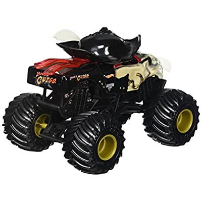 Hot Wheels Monster Jam Pirate's Curse: Toys & Games