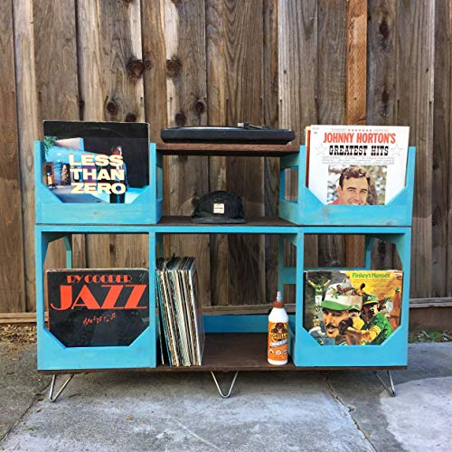 - Deluxe Vinyl Display Turn Table Station // Stylishly and Conveniently Display and Spin your Collection of Up to 400 12inch Records //