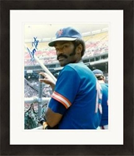 George Foster Signed Photo - 8x10 Pose Matted & Framed - Autographed MLB Photos