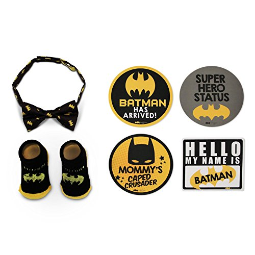 DC Comics Baby Boys Batman Milestone Stickers with Bow-tie and Socks Gift Set, black, yellow 0-12M