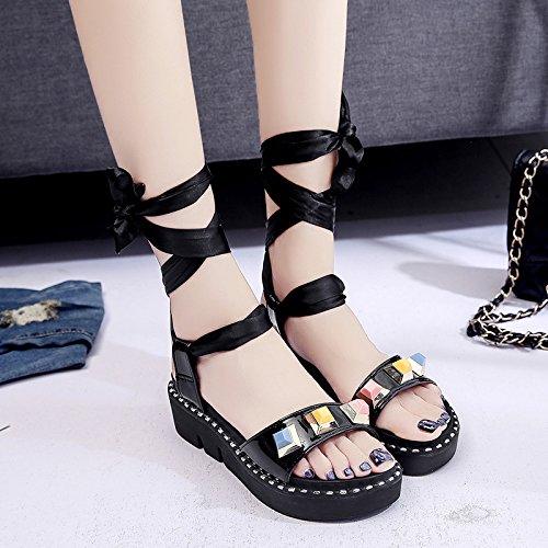 RUGAI-UE Verano sandalias planas Mujer Retro vendaje grueso remache estudiantes zapatos Black