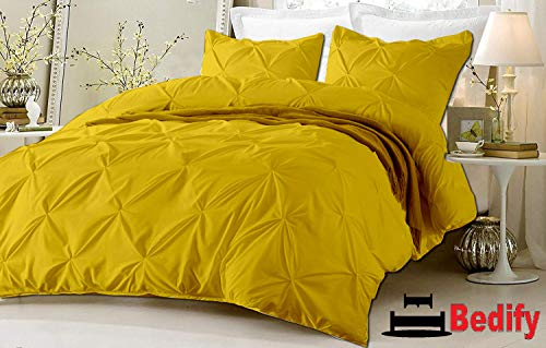 Bedify Soft Finish Long Staple 100% Organic Cotton 800-Tc Hypoallergenic Design Wrinkle & Fade Resistant 120x98 Over Size 5pcs Pinch Pleated Duvet Cover Set with Zipper Closure Gold Solid