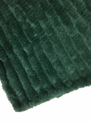 SC MODA PIEL CONEJO PONCHO COLOR VERDE CON verde HILO CA.CM.60x75