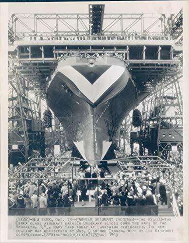 1945 Wire Photo Military Essex Class Aircraft Carrier Oriskany NY Navy 8x10