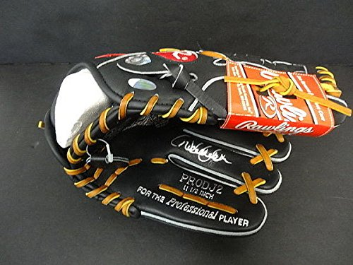 Derek Jeter Autographed Rawlings PRODJ2 Professional Glove - Steiner - Autographed Baseball (Steiner Derek Jeter Signature Baseball)