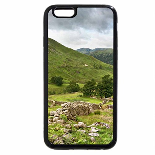 iPhone 6S / iPhone 6 Case (Black) stone cabin among stone walls in the valley