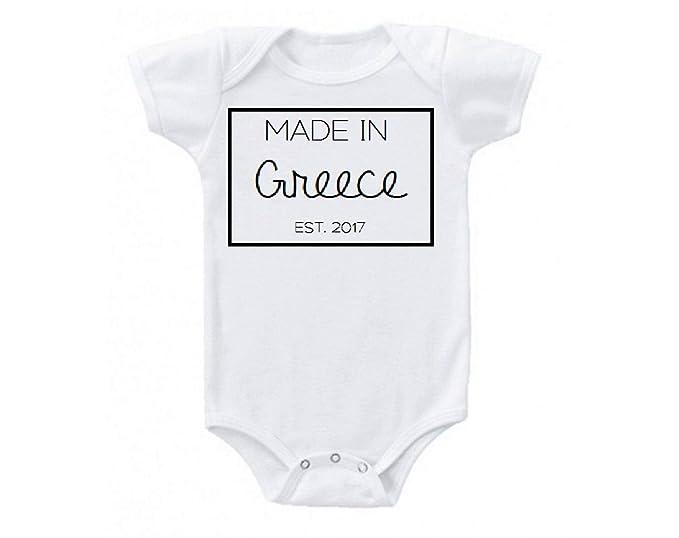 ea8bf0c06 Mummy and me Giraffe Mom Mommy Cute Funny Baby Onesie Gift Novelty Tshirt  Costume Babies Bodysuit