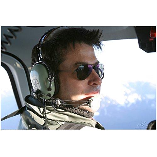 Joe Flanigan 8x10 Inch Photo Stargate Atlantis 6 Bullets The Other Sister Sunglasses Piloting Aircraft - Sunglasses Craft