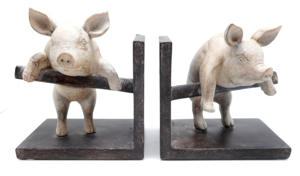 DCI Pig Bookend Set of Two Pig Pair Climbing Fence Resin Decorative Bookends Vintage Farm Animals