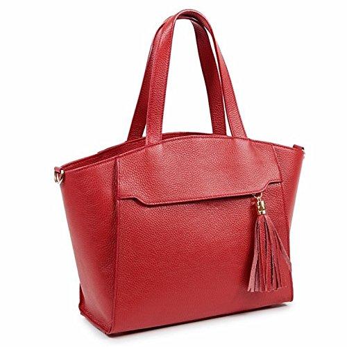 ANTHER Bolso Tote mujer en piel grano de tacto suave al hombro y bandolera color rojo, cierre cremallera, bolsillo exterior, adorno borla dorado, correa desenganchable. 41x14x29. Made in Italy.