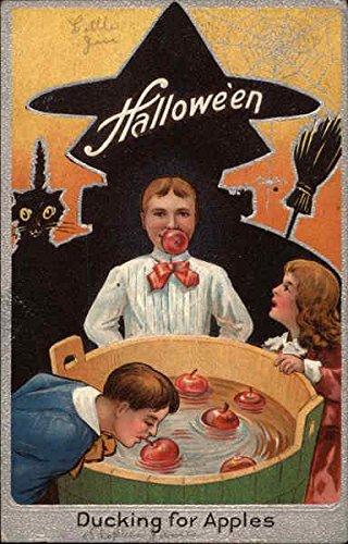 Halloween, Bobbing for Apples Original Vintage Postcard]()