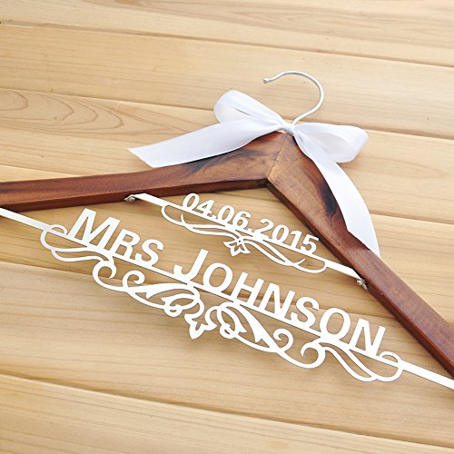 Personalized Wedding Hanger with Date, Custom Bridal Bride Bridesmaid Name Hanger, Custom Wedding Hanger with Bow, Personalized Wedding Dress Hanger