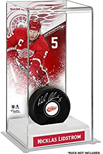 Nicklas Lidstrom Detroit Red Wings Deluxe Tall Hockey Puck Case - Fanatics Authentic Certified - Hockey Puck Free Standing Display Cases