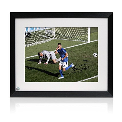 Framed Francesco Totti Signed Italy Photo: World Cup (2006 Italy World Cup)