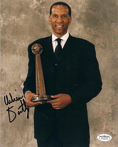 Adrian-Dantley-Detroit-Pistons-Signed-8x10-Photograph-W-JSA-Authenticated-Autographed-Basketballs-Pictures