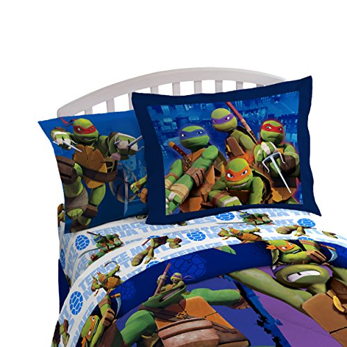 Nickelodeon Teenage Mutant Ninja Turtles City Limits Twin Comforter - Super Soft Kids Reversible Bedding features the Turtles - Fade Resistant, Includes 1 Bonus Sham (Official Product)