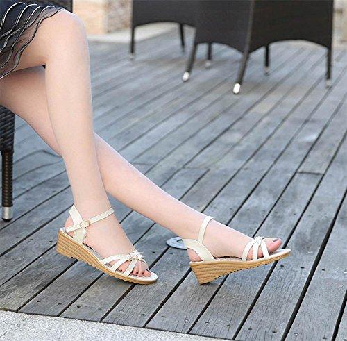 Verano sandalias abiertas las mujeres zapatos planos con hebilla de correa plana Sra. meters white