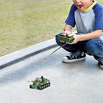 Giveme5 Tank Model Kit, German Tiger I Panzer Tank Diecast with Remote Control, Battery, Light, Sound, Rotating Turret and Recoil Action When Cannon Artillery Shoots, Mini 1:72 Scale, Dark Green: Toys & Games