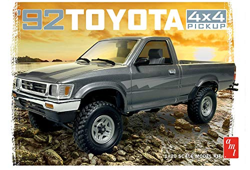 AMT AMT1082 1992 Toyota Pick-Up Model Kit, White, 1:20 Scale from AMT