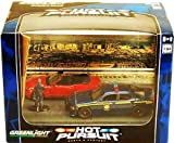 GreenLight 1/64 Diorama Series 2, Hot Pursuit: Highway Patrol and Mustang GT Convvertible