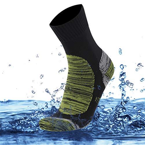 SuMade Men's Waterproof Hiking Socks, Athletic Thermal Running Skiing Camo Padded Crew Snow Socks for Youth Dry Feet 1 Pair (Green, Medium)