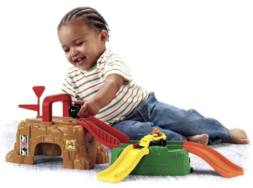 Fisher Price Little People Wheelies Play 'n Go Construction Site