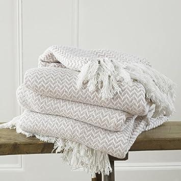 169781673ff5 Safi Couvre-lit en coton moderne avec un tissage  agrave  franges en  chevron luxueux