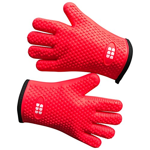Heat Resistant BBQ Cooking Gloves - Oven Mitts By SBDW. Insulated Silicone With Protective Lining. Versatile & Waterproof For BBQ Grill, Deep Fry, Fire Pit, Campfire & Meat Smoking - In 3 Colors (Red)