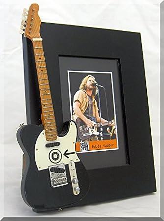 Amazoncom Artstudio35 Eddie Vedder Miniature Guitar Photo Frame