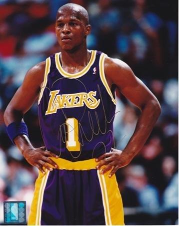 Signed Anthony Peeler Photo - 8x10 - Beckett Authentication - Autographed NBA Photos