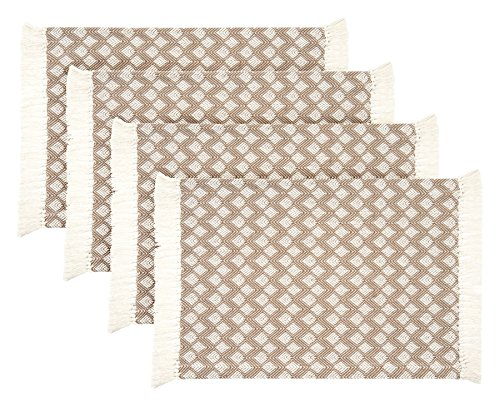 (Sticky Toffee Cotton Woven Placemat Set with Fringe, Scalloped Diamond, 4 Pack, Tan, 14 in x 19)