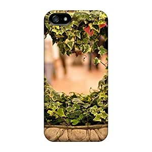 Brand New 5/5s Defender Case For Iphone (heart Of Nature)