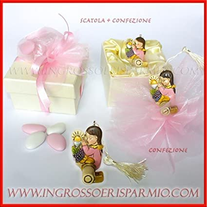 Llave Suerte 3d de resina multicolor con niña rezando y símbolos Sacramento Comunión con detalles rosa de femminuccia–Bombonera Comunión