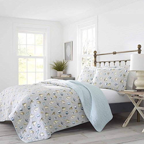 Laura Ashley Cockatoo Bay Quilt Set, King, Pastel Grey