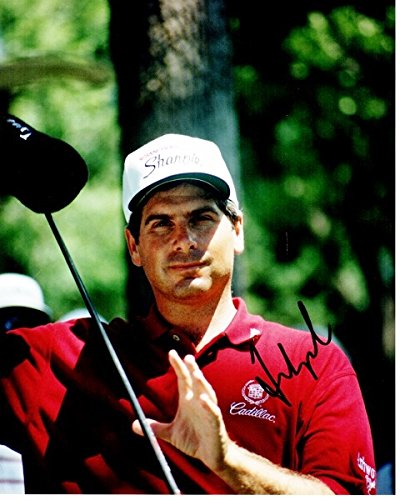 - Autographed Golf 8x10 inch Photo - Guaranteed to pass PSA or JSA ()
