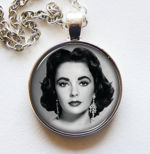 Elizabeth Taylor Pendant, Old Hollywood Necklace, Photo Jewelry, Unique, Movie Memorabilia Actress 1940s