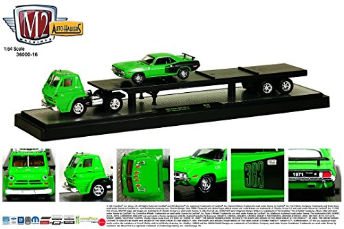 1969 DODGE L600 COE (Green) & 1971 PLYMOUTH CUDA 383 (Green) * Auto-Haulers Release 16 * M2 Machines 2015 Castline Premium Edition 1:64 Scale Die-Cast Vehicle Truck & Set (15-12)