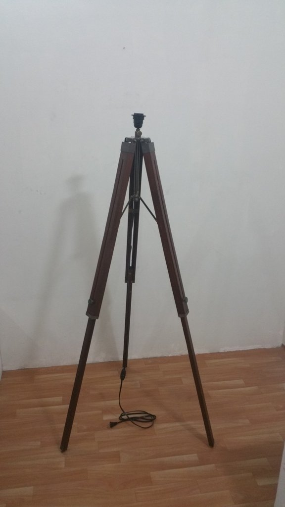 THORINSTRUMENTS (with device) Thor Nautical Wooden Tripod, Antique Stand For Floor Lamp Home Decor