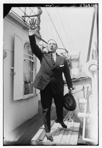 Photo: De Luca,ship passengers,waving hat,lifeboats,pulleys,ropes,box,Bain News - Of Bain Pictures