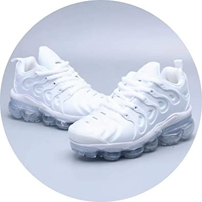 buy popular e73b3 ee38c Amazon.com | Kids Air Vapormax Plus TN Running Shoe for ...
