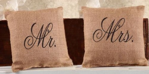 (Mr. and Mrs. French Flea Market Burlap Accent Throw Pillow Set - 8-in x 8-in)